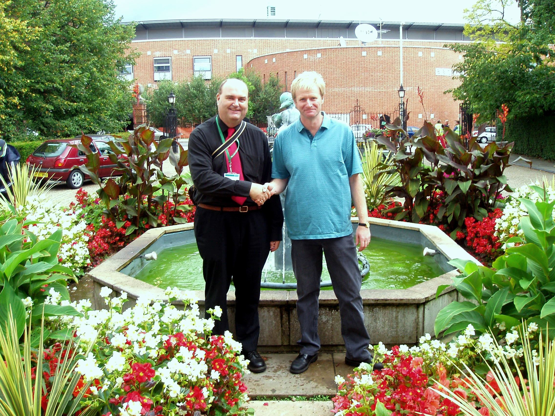 Terry Bane Norwich in Bloom - Blooms for Norwich